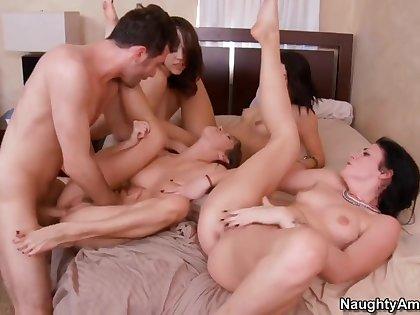 4 girls gangbang 1 lucky guy