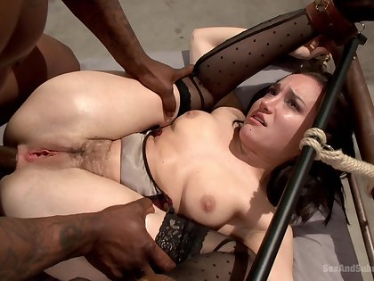 Submissive hottie drives entire BBC up the ass hole