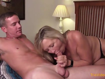 Prime mother and her tricky step- sonny are pulverizing relating to the bedroom, once relating to in a moment