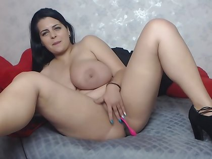 Sexy Chubby Latina with Coarse Boobs