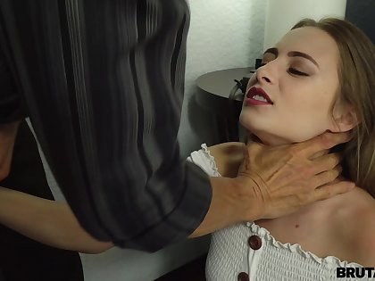Sweetie takes cum on face after sex with step daddy